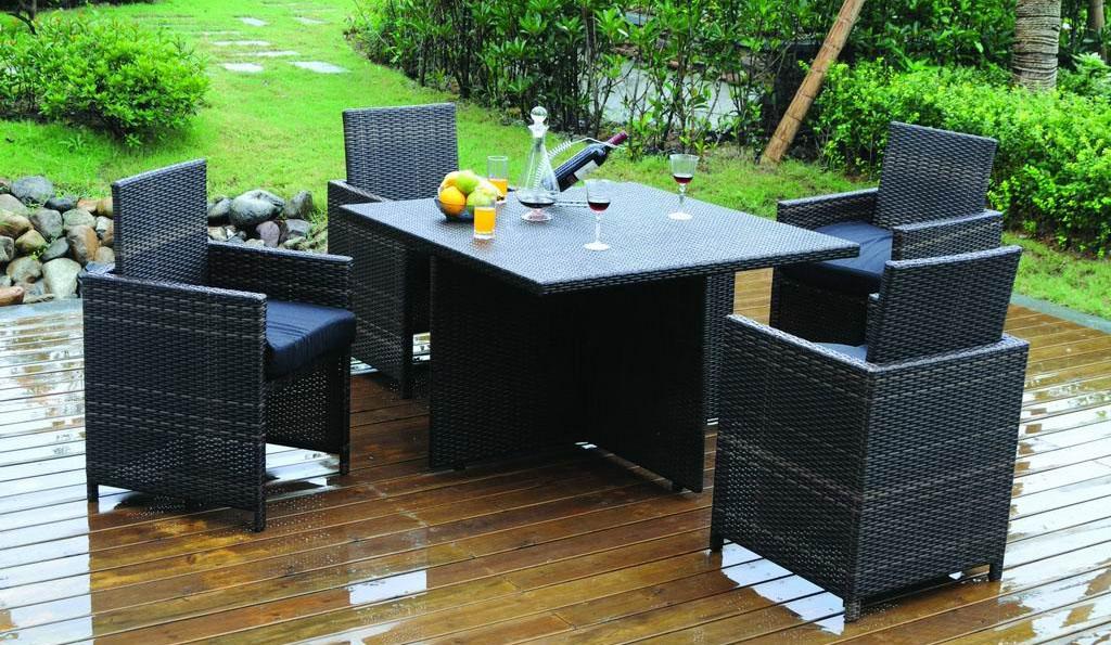 1.-Furniture-Rotan-Kini-Tampil-Semakin-Gaya1